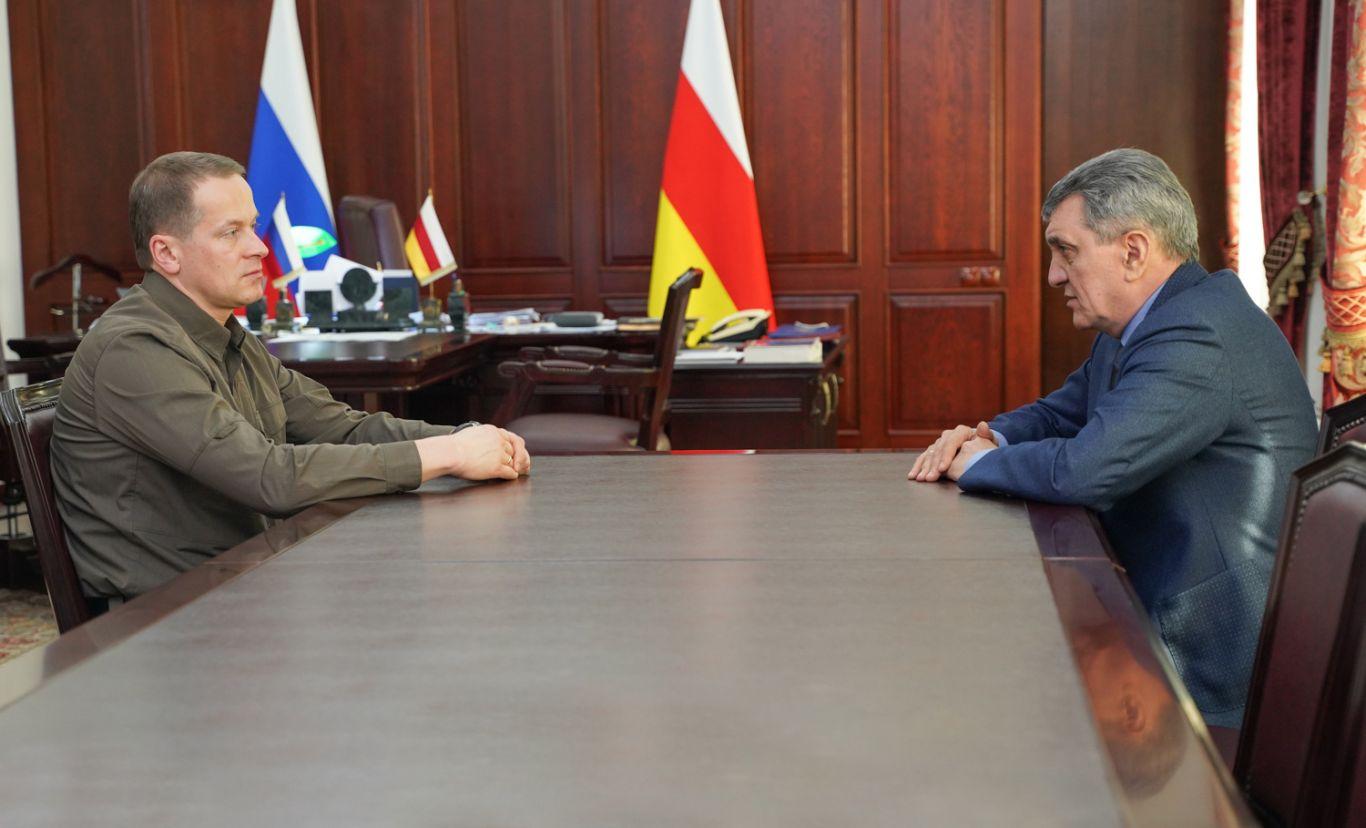 Сергей Меняйло встретился с заместителем министра МЧС России