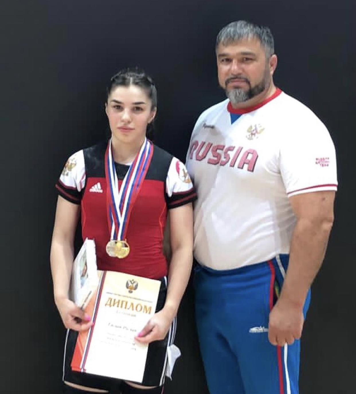 Мария Гасиева завоевала «золото» первенства России по тяжелой атлетике