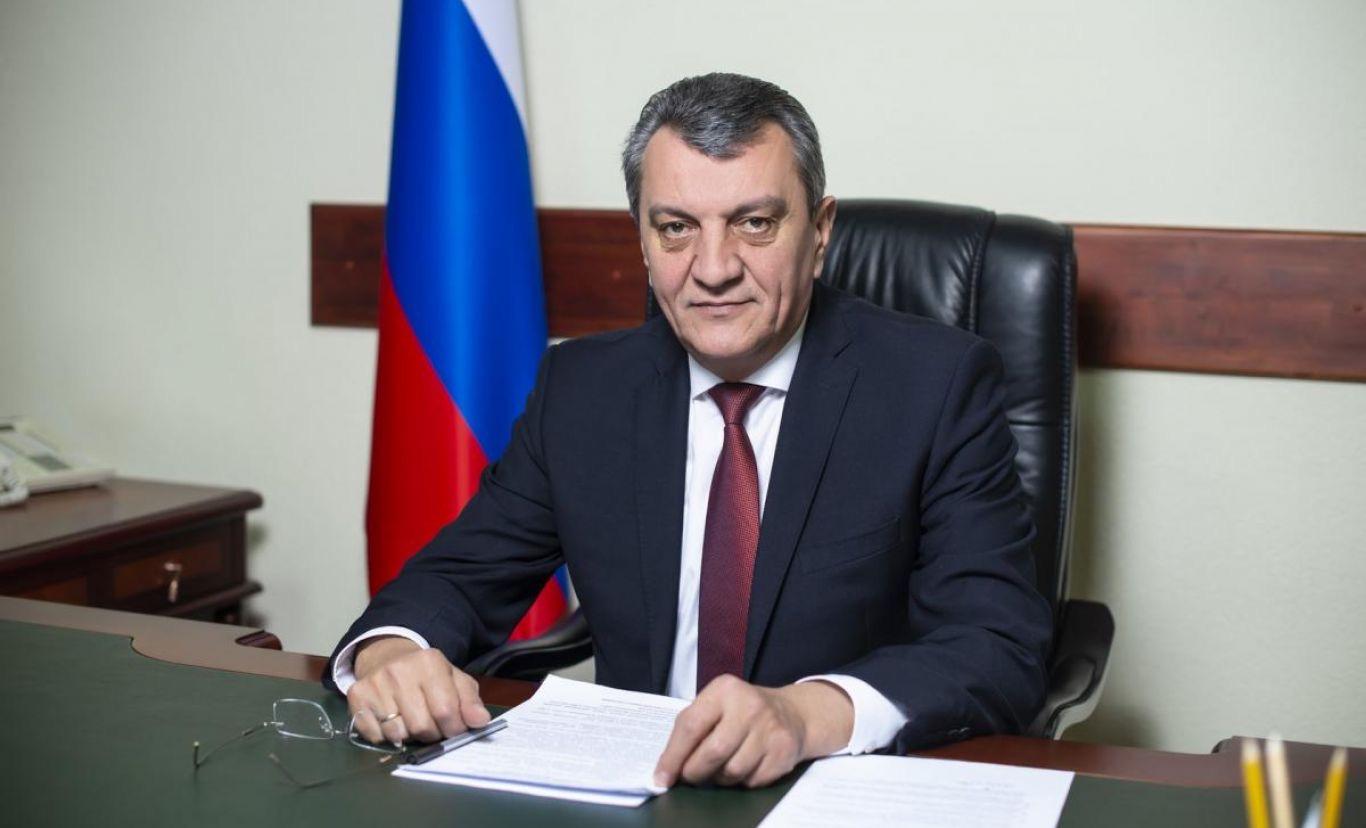 Сергей Меняйло подписал указ об усилении ограничительных мер на территории республики