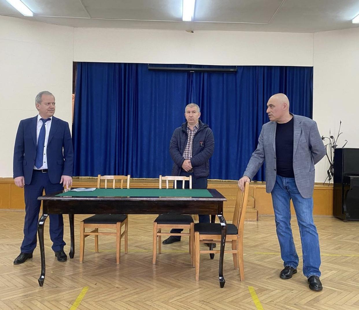 Во Владикавказском художественном училище имени А. Джанаева сменился директор