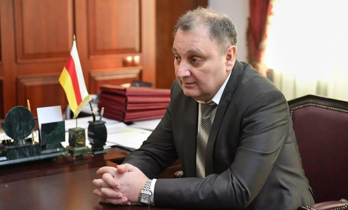 Тамерлана Гогичаева освободили от должности