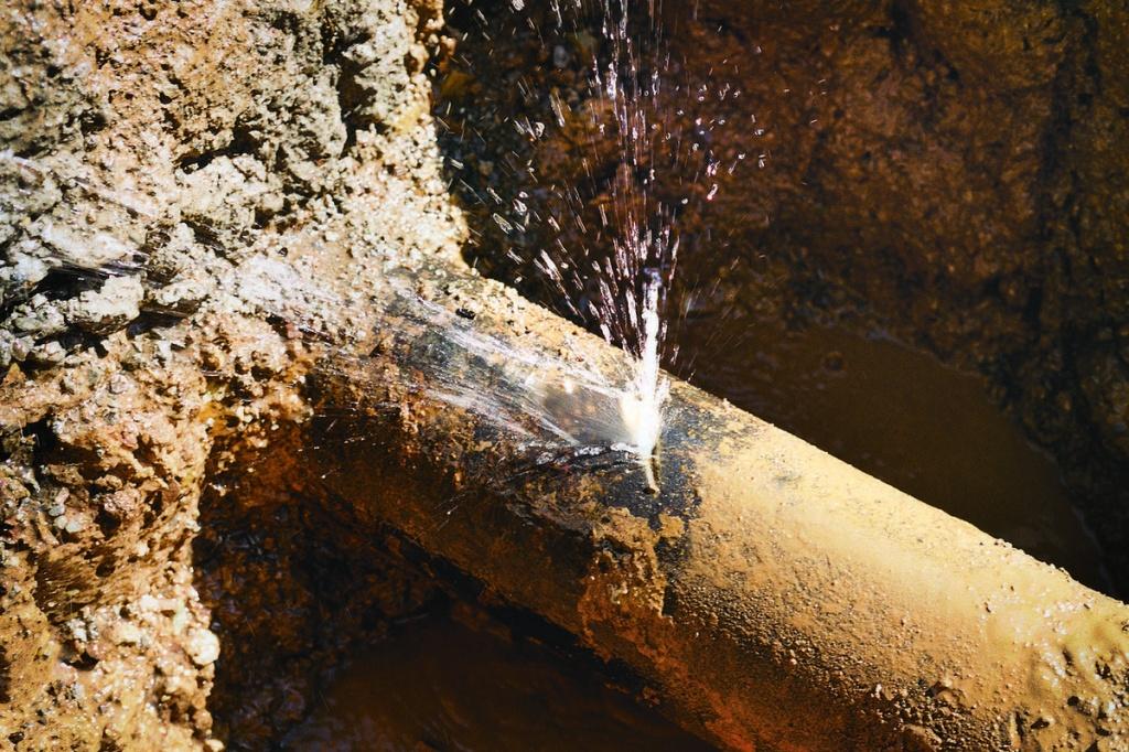 Износ водопроводных сетей Алагирского района выше 80% – Арсен Бутаев