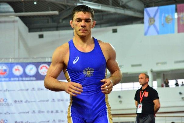 Борец Ацамаз Санакоев стал серебряным призером международного турнира в Каспийске