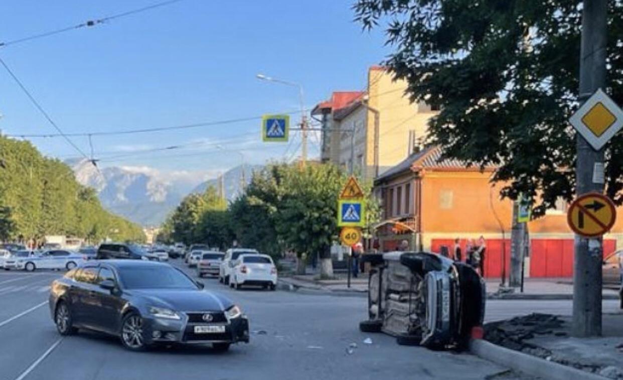 Два человека пострадали в ДТП во Владикавказе