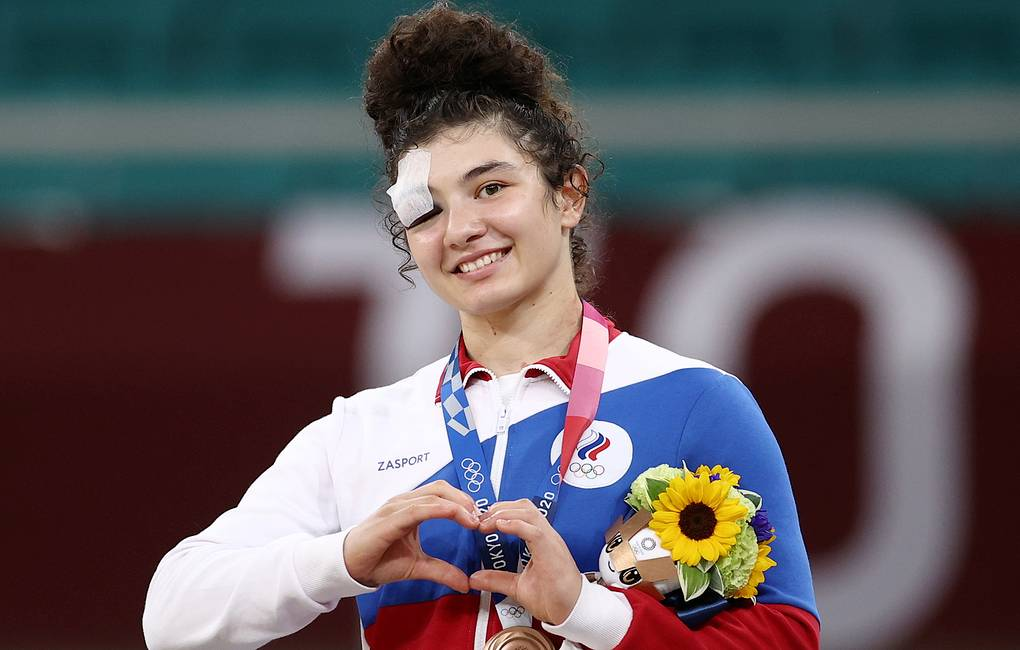 Сергей Меняйло поздравил Мадину Таймазову с бронзовой наградой Олимпийских игр