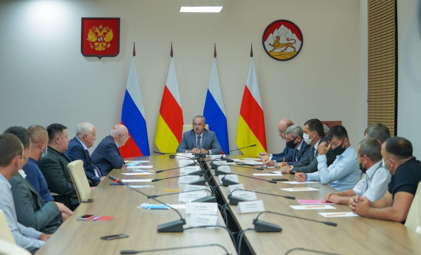 В Северной Осетии обсудили реализацию нацпроекта «Формирование комфортной городской среды»
