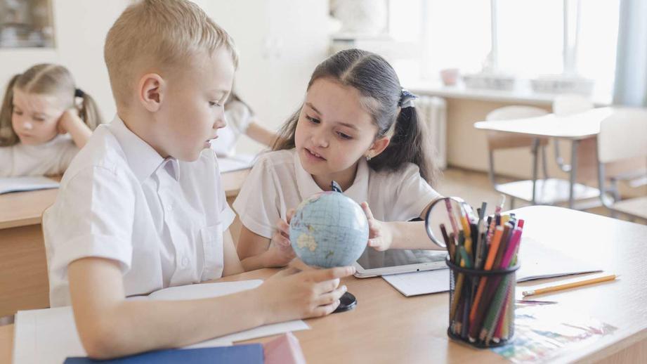 Родители смогут получить «школьные» выплаты на детей уже со 2 августа