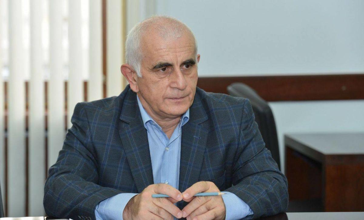 Члены координационного совета «Иры Стыр Ныхас» не приняли отставку Руслана Кучиева