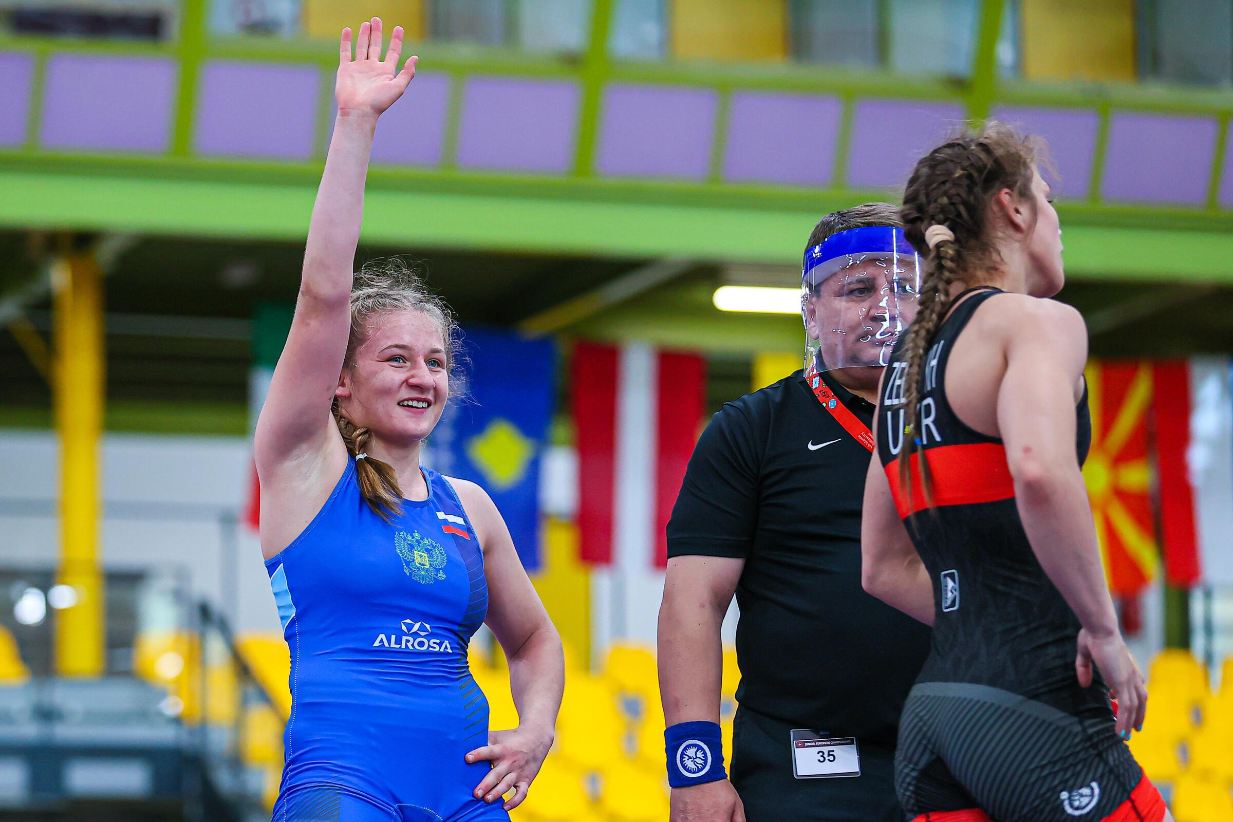 Алина Касабиева стала чемпионкой мира по женской борьбе