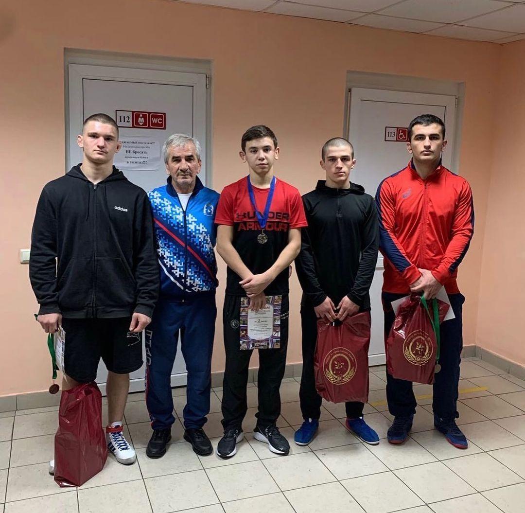 Алан Дзабиев выиграл Всероссийский турнир по греко-римской борьбе
