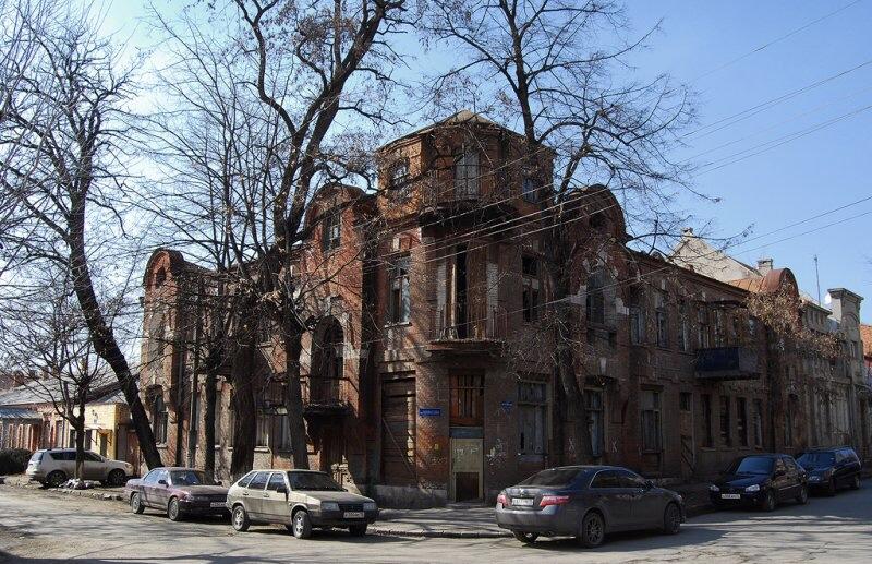 Сергей Меняйло потребовал разобраться с состоянием дома на пересечении ул. Миллера и Некрасова