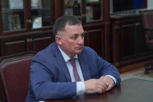 Тариэль Солиев рассказал о перспективах развития дорожной отрасли в Северной Осетии
