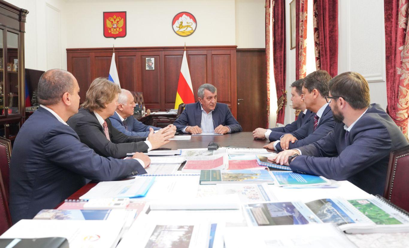 Сергей Меняйло провел рабочую встречу с инвесторами