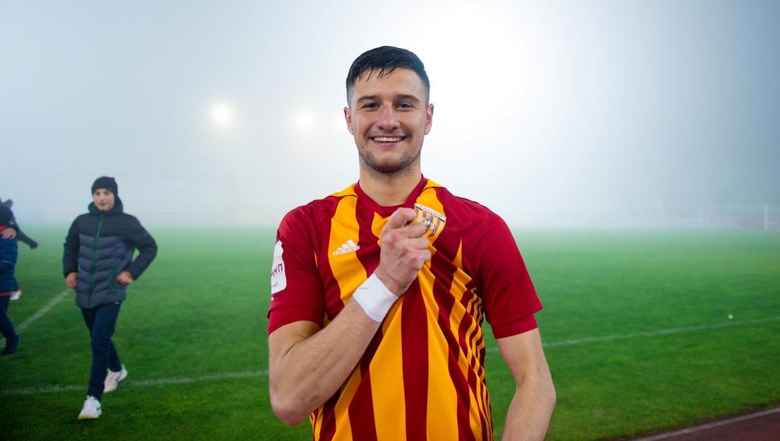 Хет-трик Гурциева помог «Алании» разгромить «Металлург» в матче ФНЛ