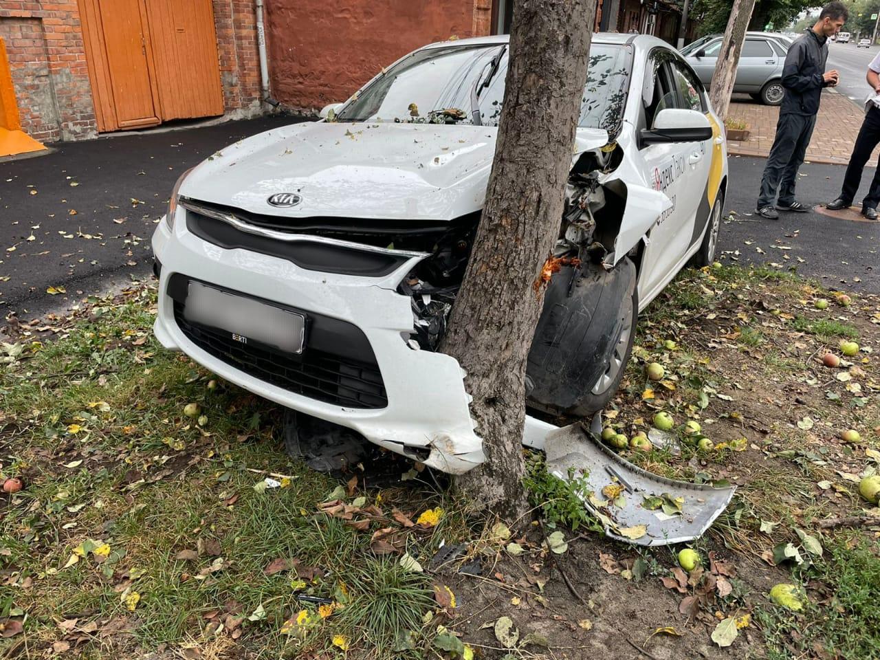 Во Владикавказе в ДТП пострадала девушка