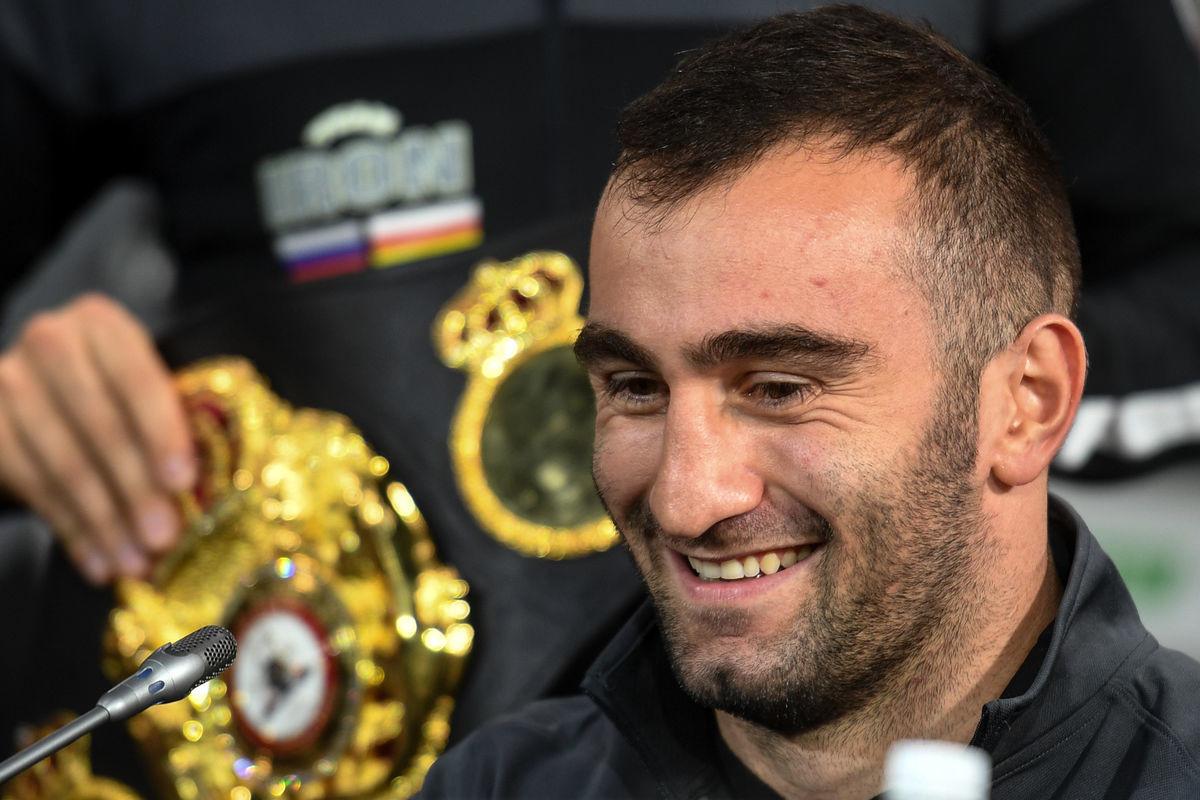 Следующий бой Мурат проведет в декабре против известного боксера – Виталий Сланов